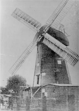 Smock mill, Whitfield