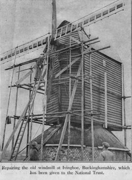 Repairs at Ivinghoe Windmill