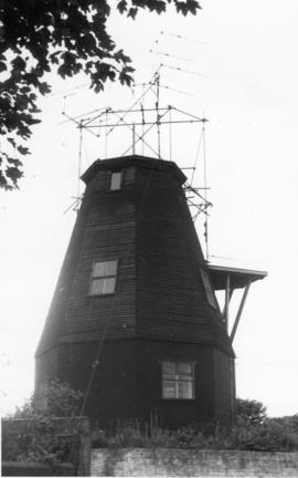 Capless tower with Antennae, Ripple Mill, Ripple