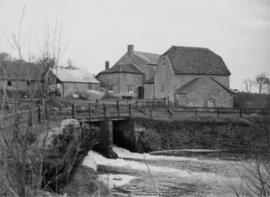 Bypass channel, Stour Provost Mill, Stour Provost