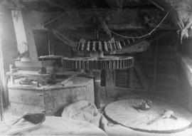 Stone floor with brakewheel, wallower and spur, New Mill, Worlingworth