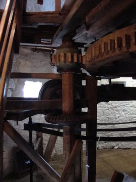 Auxiliary drive (spout floor), Knowle Mill, Bembridge