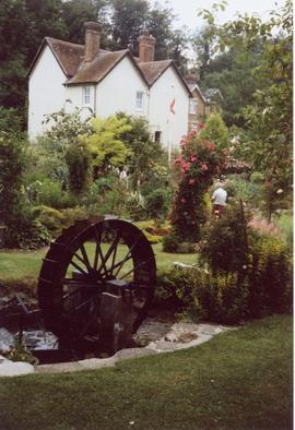 Mill cottage and dummy waterwheel, Upper Mill, Loose