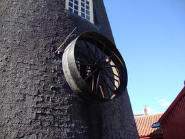 External engine drive pulley, Dobson's Mill, Burgh le Marsh