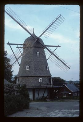 Preserved smock mill with sails and tailpole