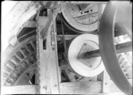 Sack hoist, post mill, Forncett End