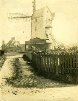Post mill, Walberswick, in good external order
