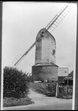 Ashburnham Post Mill, Ninfield, with two sweeps