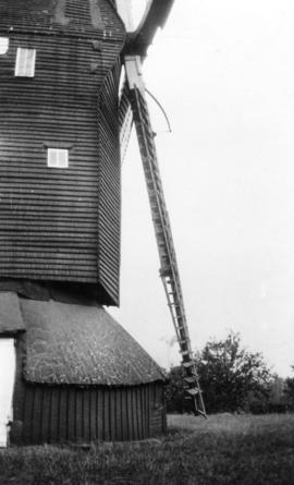 Front end of buck and roundhouse, Mount Ephraim Mill, Ash