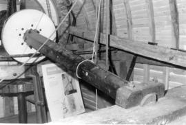 Windshaft and tail bearing, post mill, Chillenden