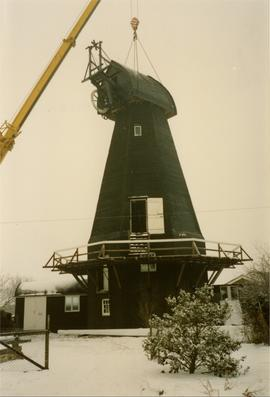 Lifting on the cap, smock mill, Herne