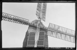Sails, post mill, Forncett End