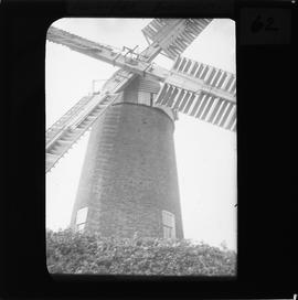 Lound tower mill, Suffolk - sails detail