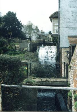 Water and waterwheel, Stanley's Mill, Temple Ewell and River