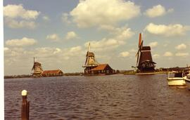 From (r) to (l): De Goekronde Poelenburg, De Kat and De Zoeker (or De Duinjager?) at the Zaanse Schans, Zaandam, summer 1971